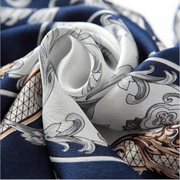 nhẹ nhàng hơn với khăn in lụa họa tiết hoa huệ